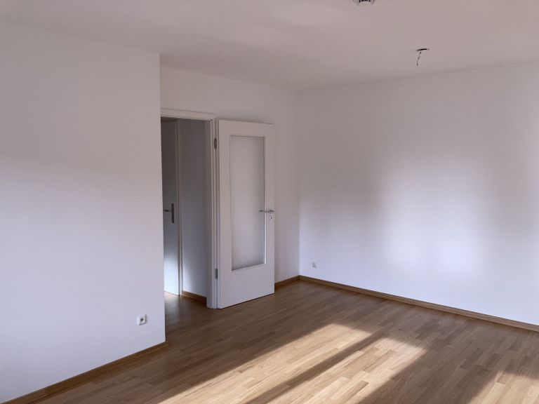 WZ2 768x576 - 2-Zimmer-Wohnung in zentraler Lage direkt am Hauptbahnhof