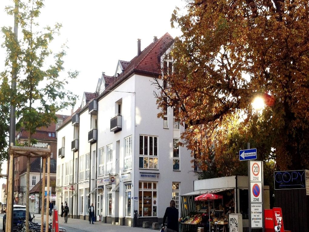 Aussenansicht des Wohn- und Geschäftshauses in der Gleichmannstrasse in Pasing