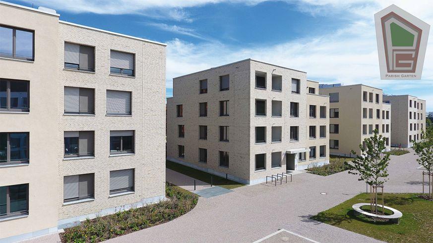 Parish Garten Drohnenaufnahme 4 - Neubau! Erstbezug! Moderne 3-Zimmer-Wohnung mit Einbauküche und Loggia (Whg. 07.12)