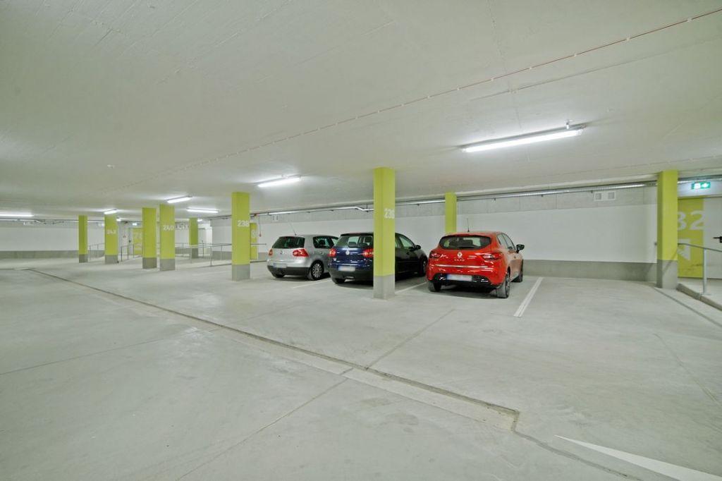 Tiefgarage 1024x682 - Neubau! Erstbezug! Moderne 4-Zimmer-Wohnung mit Einbauküche und Loggia (Whg. 08.19)