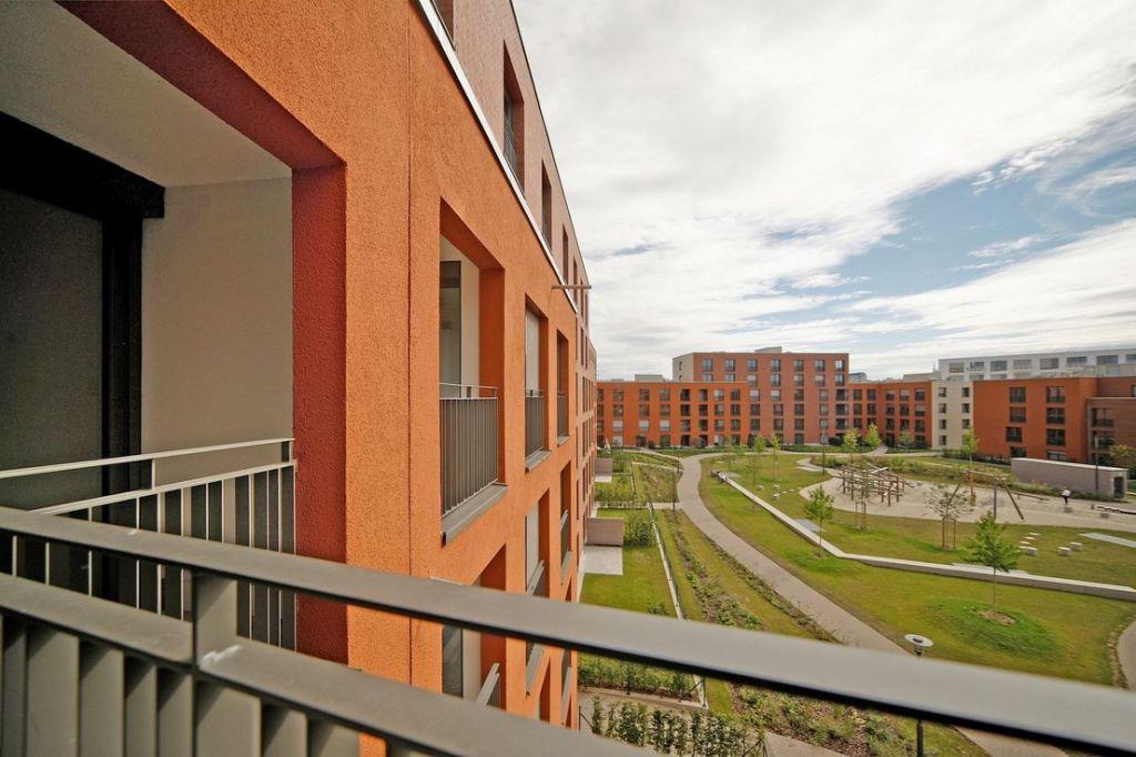 Blick in den Innenhof 1024x682 - Neubau! Erstbezug! Moderne 3-Zimmer-Wohnung mit Einbauküche und Loggia (Whg. 07.12)