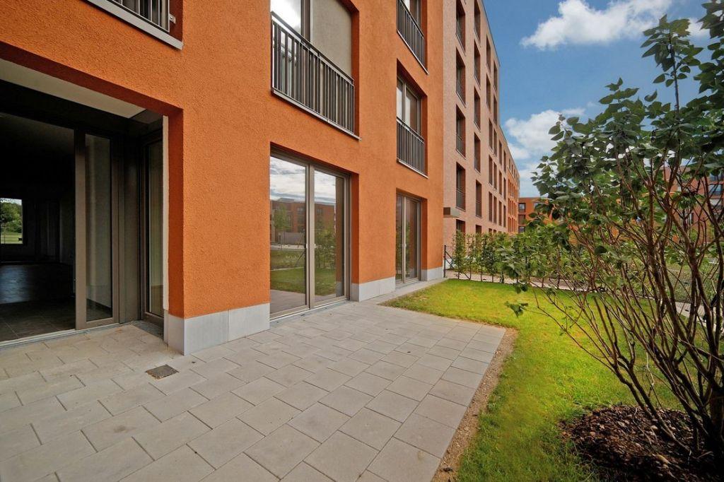 Terrasse 1024x682 - Neubau! Erstbezug! Großzügige 2- bis 4-Zimmer-Wohnungen in Neupasing