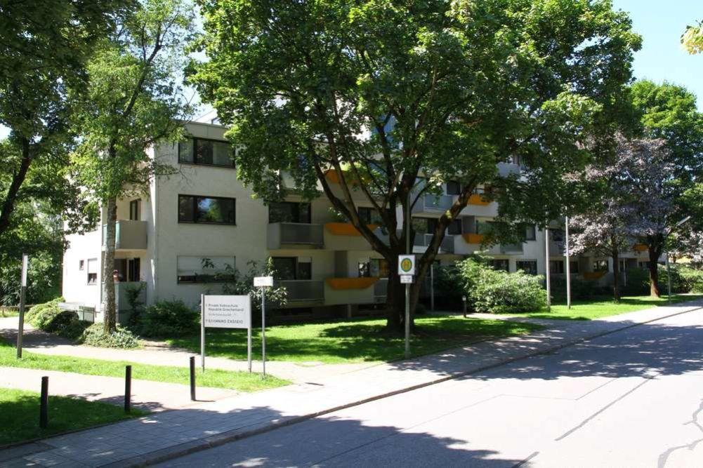 Hinterbaerenbadstrasse 71 73 - TG-Duplex-Stellplätze in Sendling