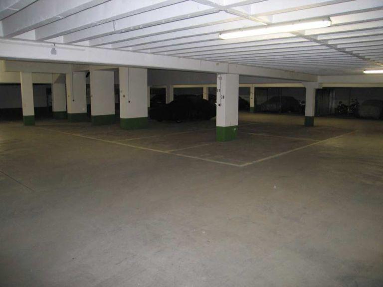 Hinterbaerenbadstrasse 71 73 Tiefgarage 768x577 - TG-Duplex-Stellplätze in Sendling