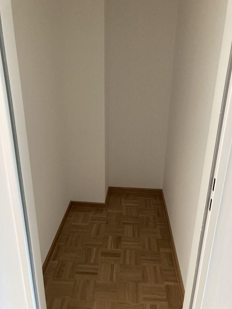 Abstellraum 768x1024 - 3-Zimmer-Wohnung mit zwei Balkonen am Hirschgarten