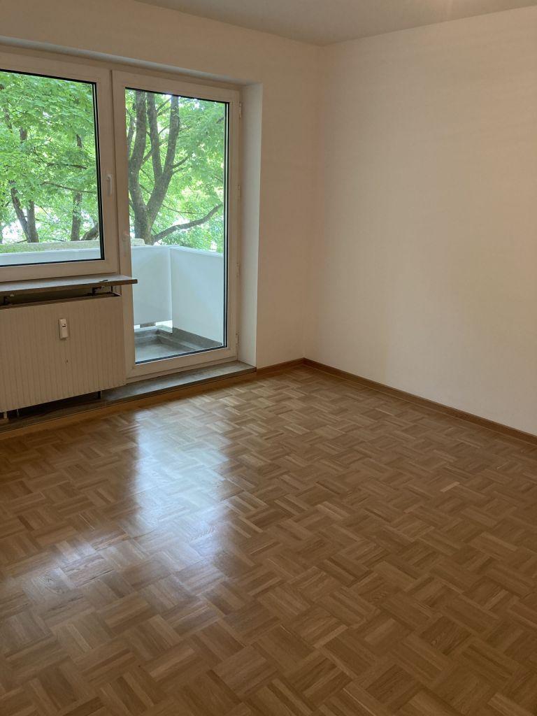 Kinderzimmer 768x1024 - 3-Zimmer-Wohnung mit zwei Balkonen am Hirschgarten