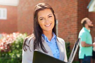 Immobilienkauffrau/-mann (m/w/d), Schwerpunkt Verwaltung von Wohnimmobilien